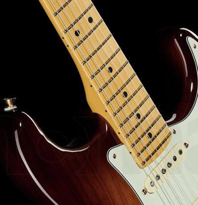 Fender 75TH Anni Com Strat MN 2BB