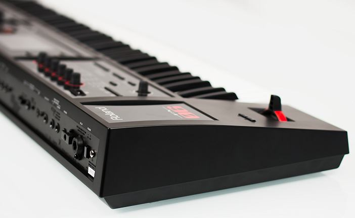 Roland FA-06 Synthesizer