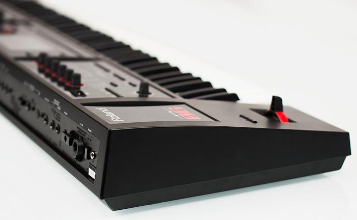 Roland FA-06 Synthesizer